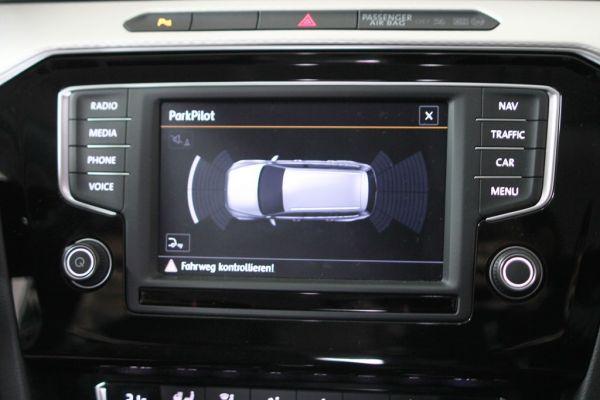 41158 - Komplett-Set Park Pilot Front + Heck inkl. OPS für VW Touran 5T