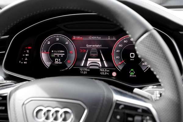 44470 - Kreuzungsassistent Audi A8 4N